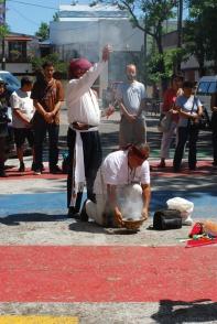 Taita Apolinario Chile Pixtún y Taita Santiago Ortela Sarmiento en Ceremonia de Apertura
