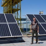 Los paneles solares para la energía del VII Foro, a cargo de Martín Febré