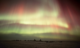 Aurora Boreal - acampamento Nenet en la península de Yamal.